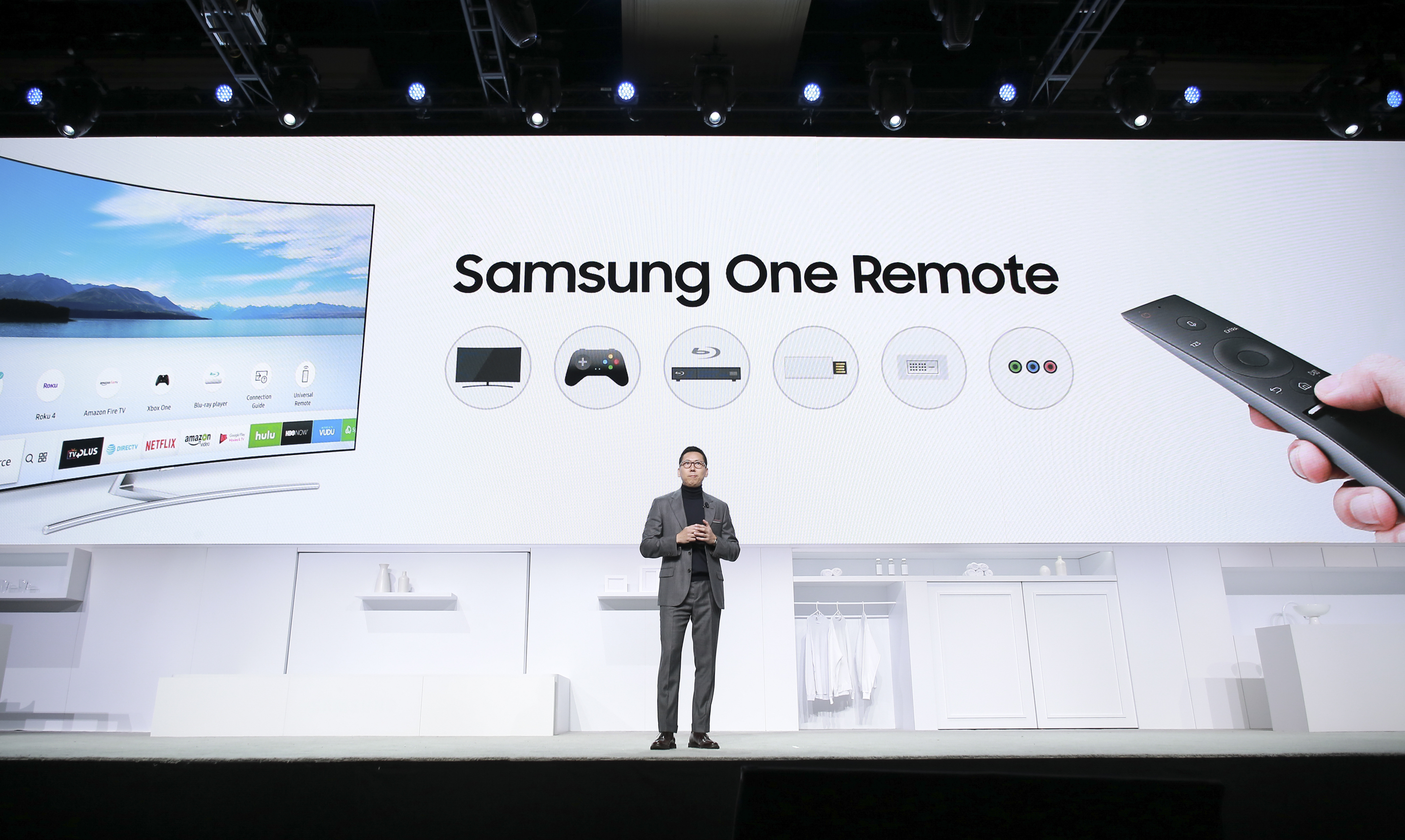 ces-2017-samsung-electronics-press-conference-3
